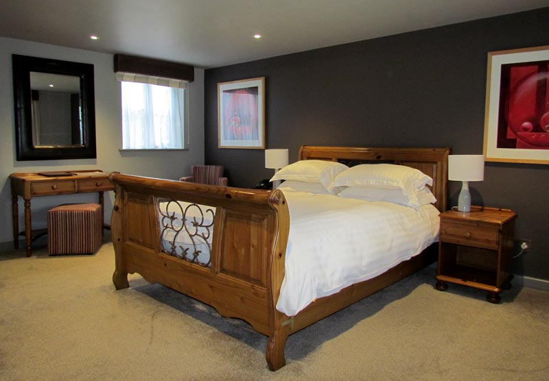 Master bedroom at the Bird in Hand, Oxfordshire